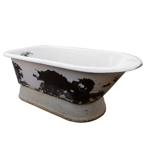 Unusual Antique Pedestal Bath Tub, 5'-0
